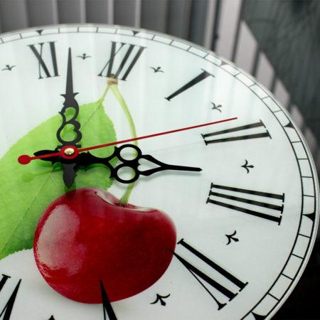 часы с фотопечатью вид сбоку
