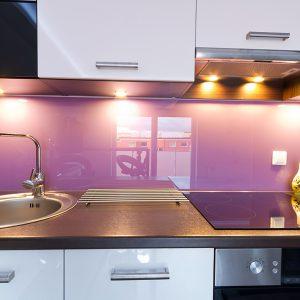Кухня стеклянный фартук с покраской