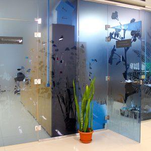 Перегородки из стекла в офис2