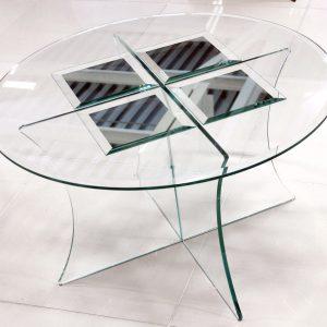 Стеклянный стол с зеркальными элементами